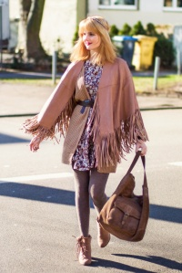 7 days 7 ways - Layering Zara Cape Stiefel 8