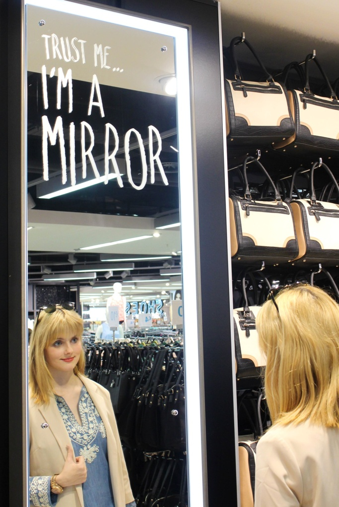 Trust me, I'm a mirror