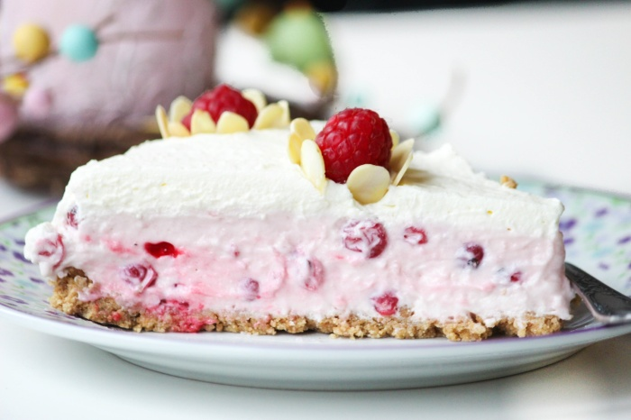 Des Belles Choses - Oster Dessert - Rezept Johannisbeer-Joghurt-Torte 4
