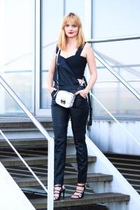 Des Belles Choses_Fashionblog Köln_Leder Latzhose_Gina Tricot 7