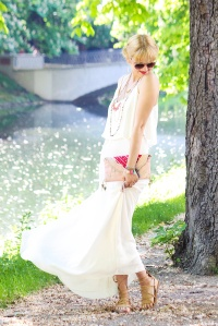 Des Belles Choses_7 Days 7 Ways_White Maxi Dress 2