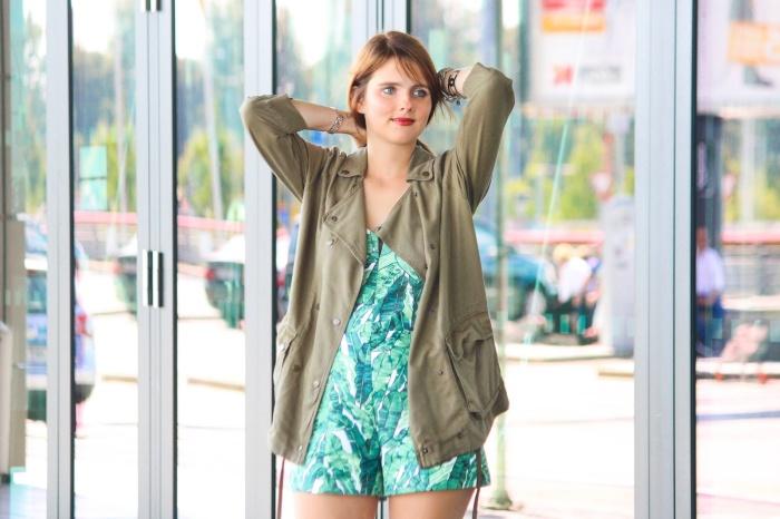 desbelleschoses-summer-look-trend-palmenprint-jumpsuit-khaki 8
